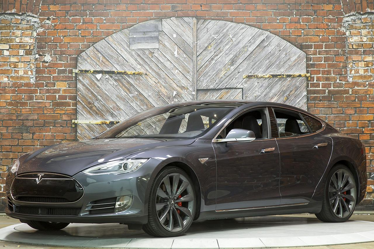 2015 tesla model s p85d. Black Bedroom Furniture Sets. Home Design Ideas