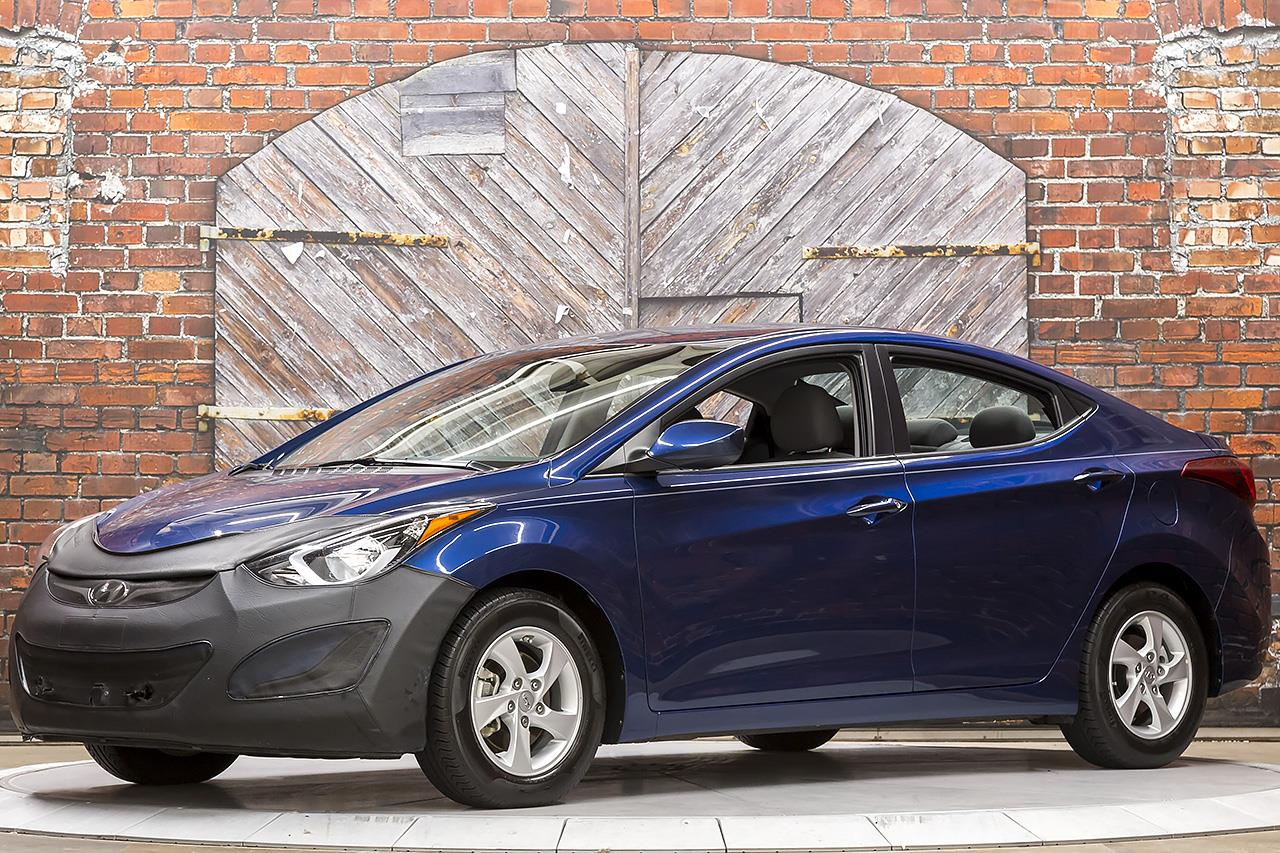 2015 Hyundai Elantra SE 6-Speed Manual
